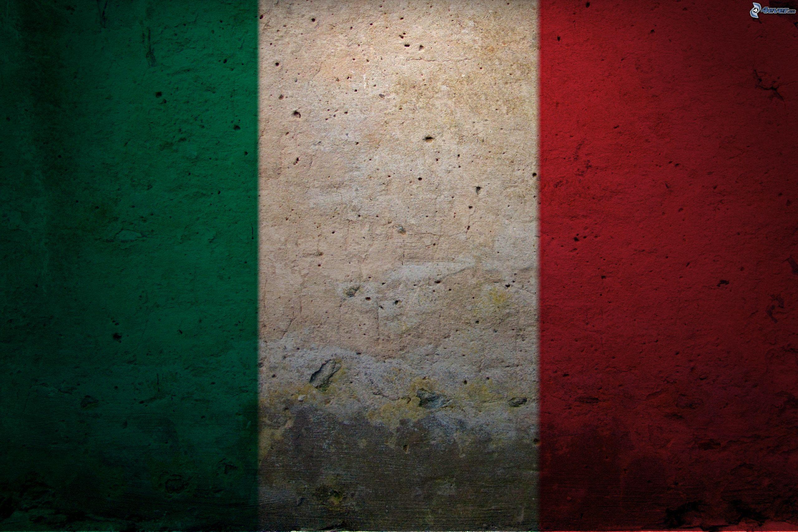 Risultati immagini per bandiera italiana hd