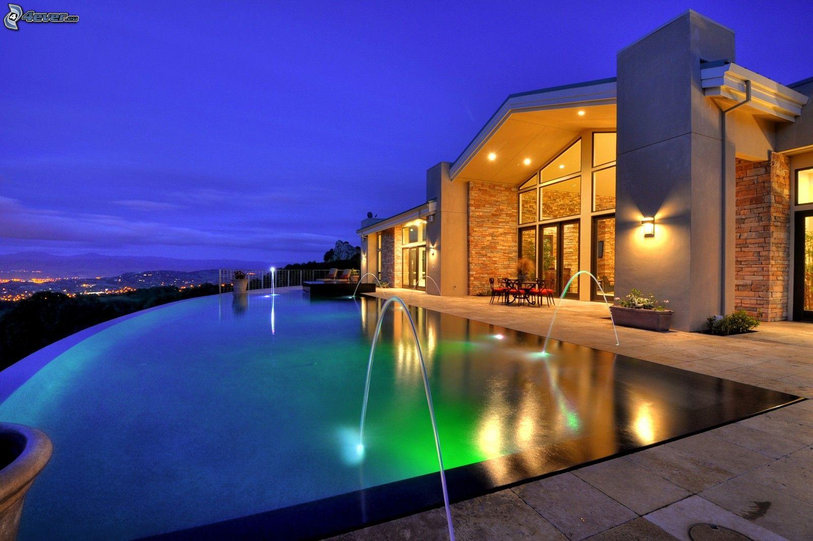 Casa di lusso for Migliori piani di casa di lusso